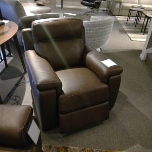 max-powered-stelvio-recliner-1699.90